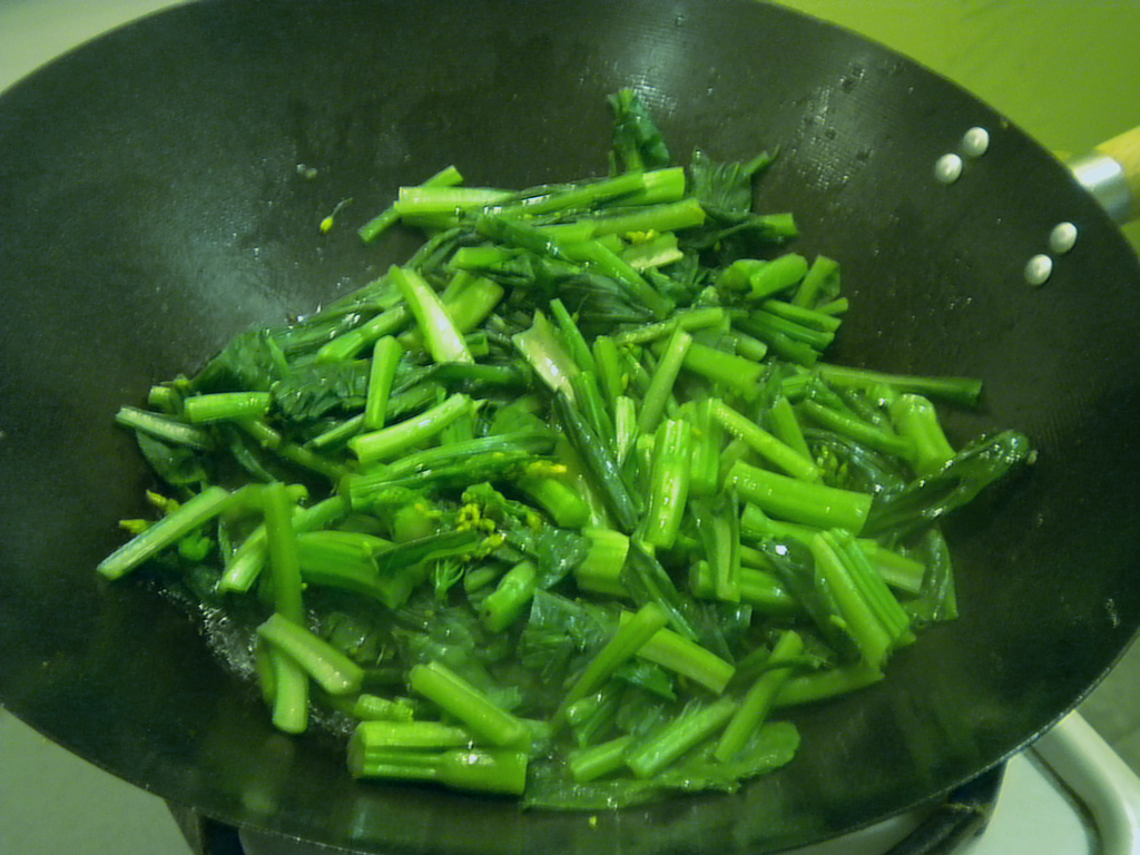 choy sum stir fried